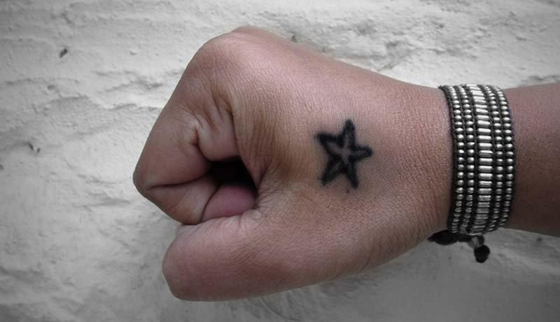 Anemia tatuar puede persona una se con