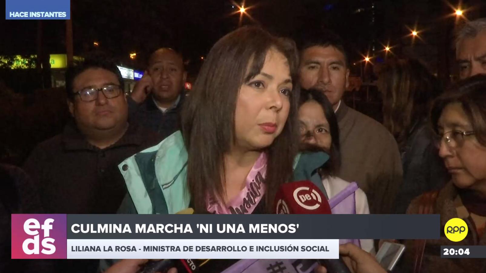 La ministra de Desarrollo e Inclusión Social, Liliana La Rosa participó en la marcha 'Ni Una Menos'.