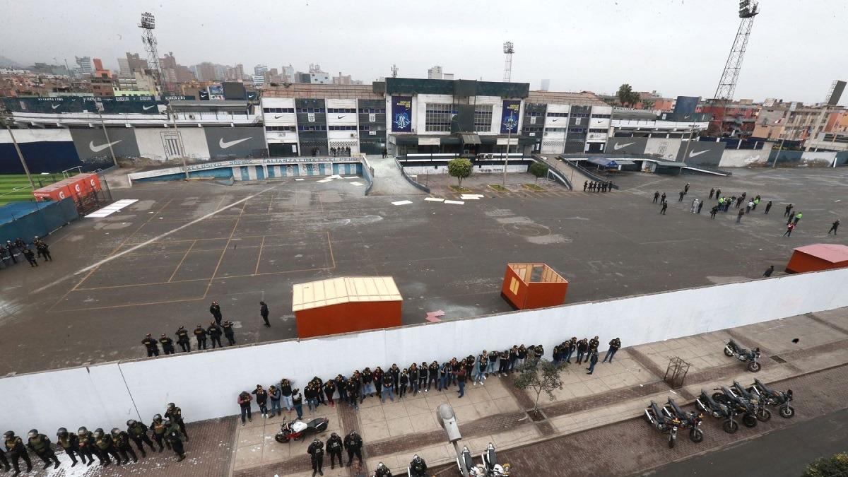 Exarquero de Alianza Lima señaló que el club está tomando medidas legales.