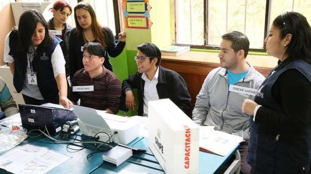 El 9 de diciembre se realizará también la segunda vuelta de las elecciones regionales.