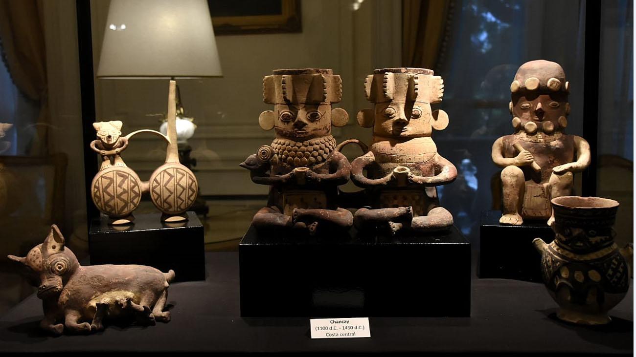 Camino recordó que en los últimos cuatro años, el gobierno argentino restituyó al Perú más de 4 mil 500 bienes de nuestro patrimonio cultural, lo que constituye casi la mitad de los bienes culturales que el resto de los países del mundo han restituido al Perú en los últimos 15 años.
